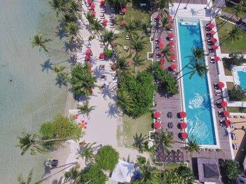 piscine vue du ciel emerald cove hotel