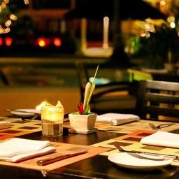 restaurant emerald cove hotel