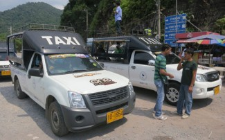 kohchang_songthaew_taxi