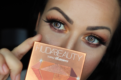#MAKEUP #MAKEUPADDICT #HUDABEAUTY #HUDABEAUTYPALETTE #TOPAZOBSESSIONSPALETTE #MAQUILLAGE #MAQUILLAGE Huda Beauty